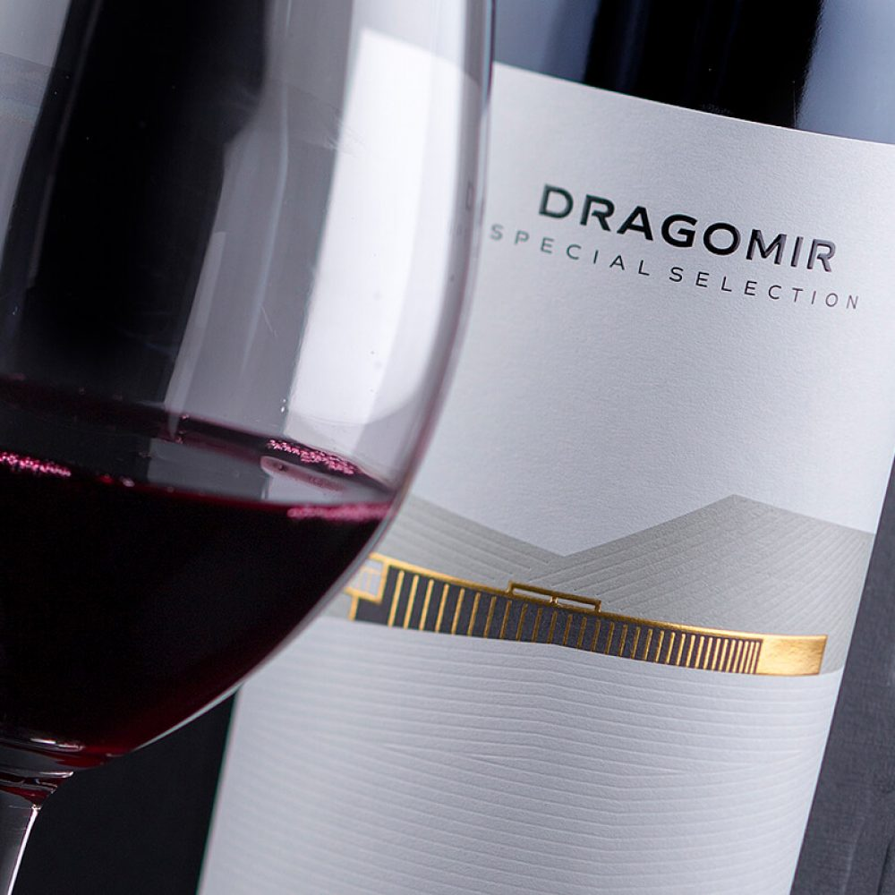 Dragomir Estate Winery - designed by theLabelmaker